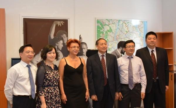 Kínai-magyar fesztiválszervezés és gyógyturizmus