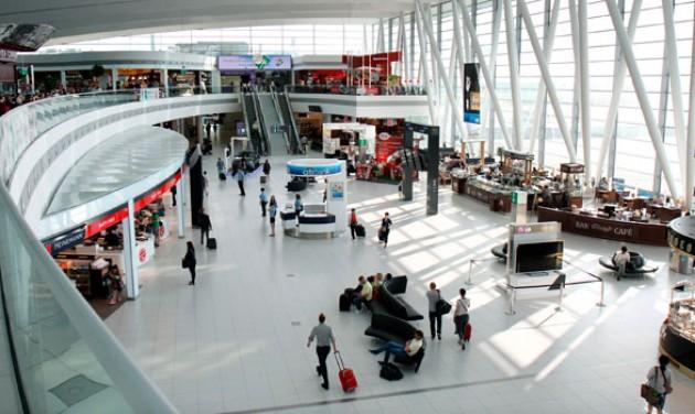Tíz új check-in pult épül a repülőtéren