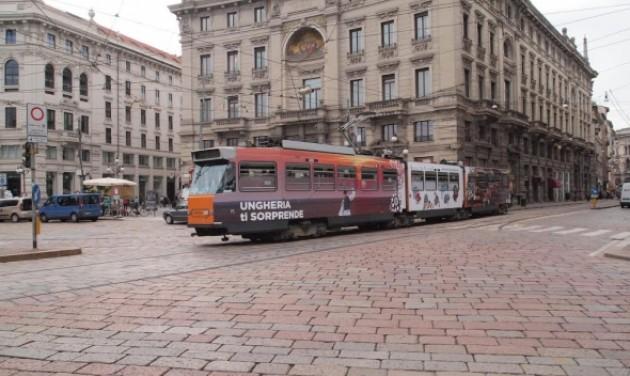 """""""Magyar"""" villamosok Milánó utcáin"""