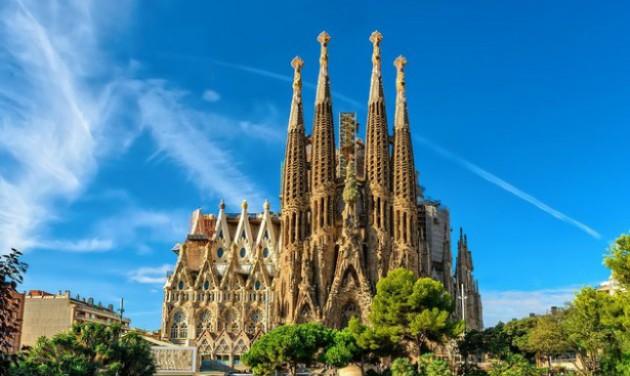 Építési engedélyt kapott a Sagrada Familia