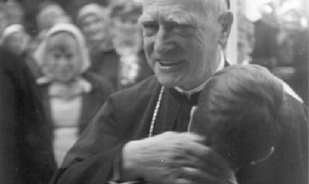 Márton Áron-látogatóközpont épül a püspök szülőfalujában