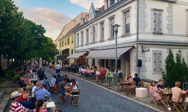 Színházi estek várják a nézőket Balatonfüreden augusztusban