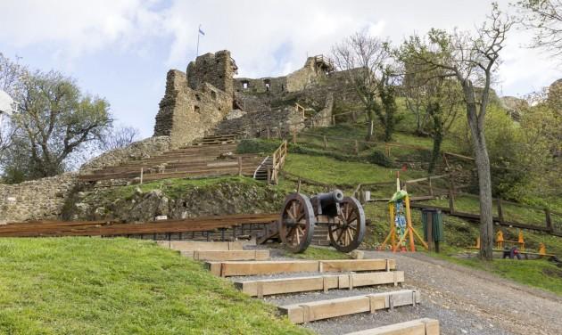 Szombattól ismét látogatható a Szigligeti vár