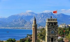A 22 évvel ezelőtti szintre zuhant Törökország turizmusa májusban