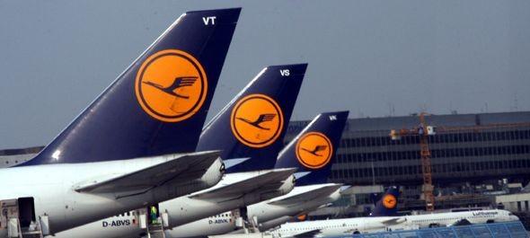 Csökkenő árbevétel mellett is javította pénzügyi eredményét a Lufthansa-csoport