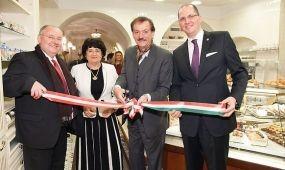 A Magyar Turizmus Zrt.-vel közösen népszerűsíti Magyarországot a bécsi Szamos Cukrászda