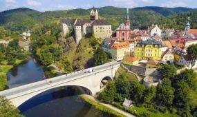 Tíz százalékkal nőtt az első fél évben a külföldi turisták száma Csehországban