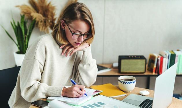 Vezetési stratégiák home office-ban; feladat-, időgazdálkodás