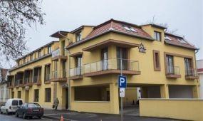 Új háromcsillagos szálloda épült Orosházán a belvárosban