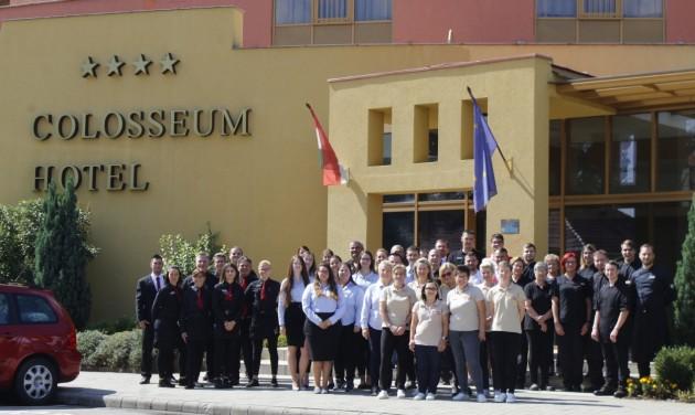 Törzsvendégeivel ünnepelt a 10 éves mórahalmi Colosseum Hotel