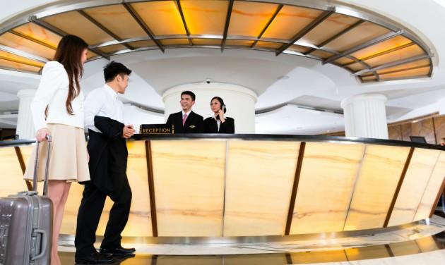 Koronavírus: a Hilton és az Airbnb is leállt Kínában