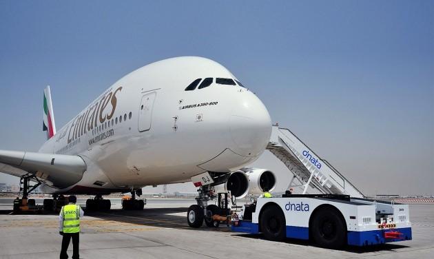 Felfüggeszti személyszállító járatait az Emirates