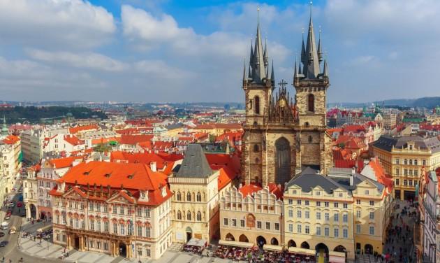 Csehországban is tüntettek a szigorú intézkedések ellen