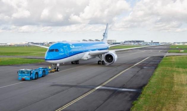 Hollandiában az egész iparág lázad a repülési adó ellen