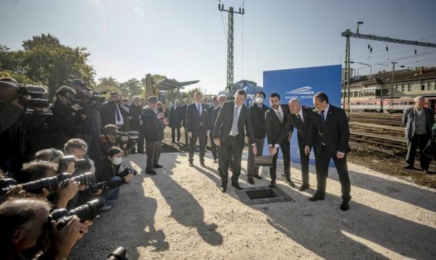 Elkezdődött a Budapest-Belgrád vasútvonal korszerűsítése
