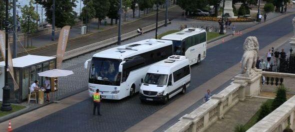 Szigorúan ellenőrzött buszok