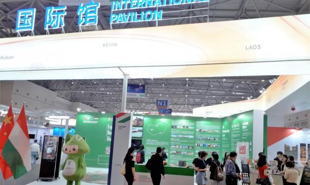 Magyarok a Nyugat-Kínai Kereskedelmi és Befektetési Expón