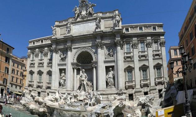 Vita Rómában: kié legyen a szökőkútba dobált aprópénz?
