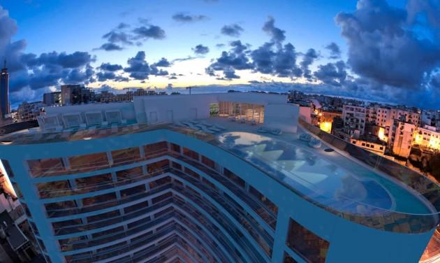 Megnyílt Málta első öt csillag superior szállodája