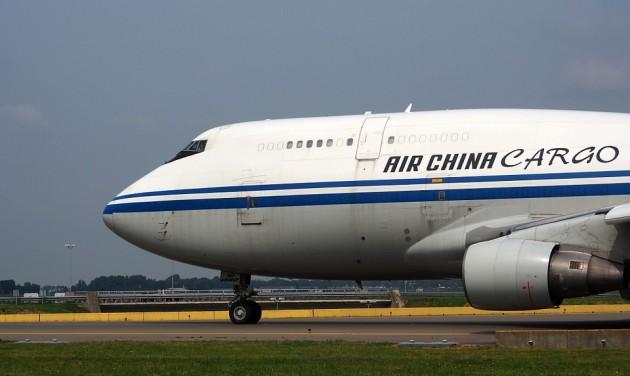 A légi áruszállítás korszerűsítését javasolja a IATA