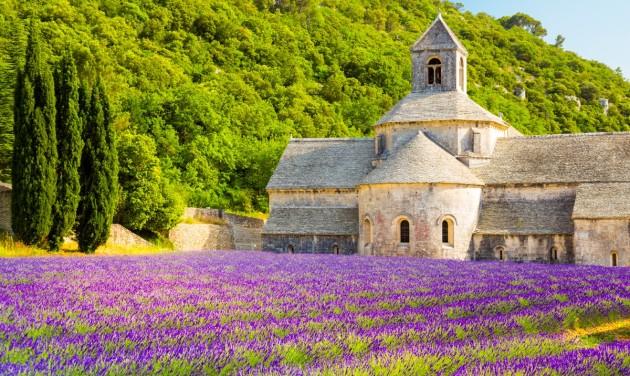 Franciaország ismét rekordszámú turistára számít