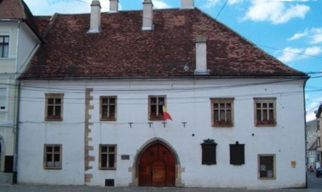 Látogatható Kolozsváron Mátyás király szülőháza