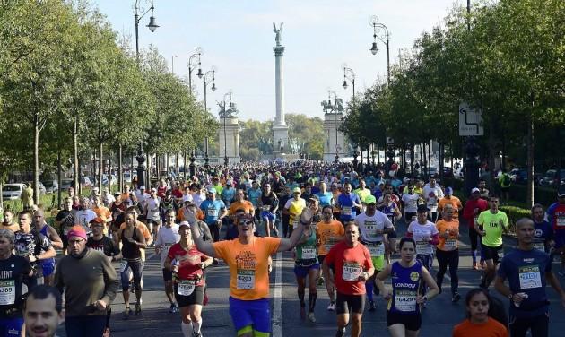 Budapest Maraton: 30 ezer futó 84 országból
