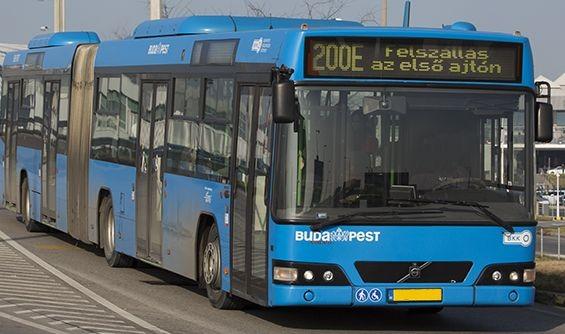 Módosított útvonalon jár a reptéri busz