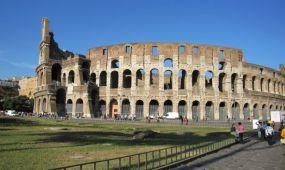 Megkezdődött a Colosseum körüli gyalogosövezet kiépítése