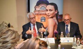 Nemzetközi kerekasztal-beszélgetés az egészségturizmusról Budapesten