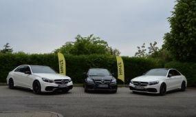 Mercedes versenyautók dübörögnek a Hertz flottában
