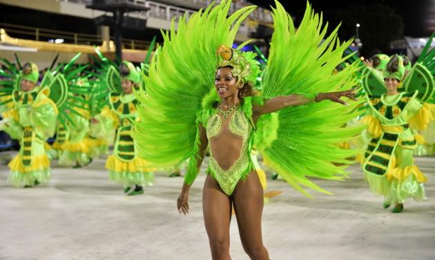 A riói karnevált nem farsangkor, hanem nyáron tartanák meg jövőre