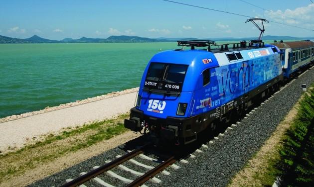 Április 27-től több vonat jár a Balatonra