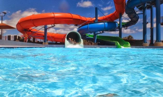 Fellángolt a vita a kolozsvári aquaparkról