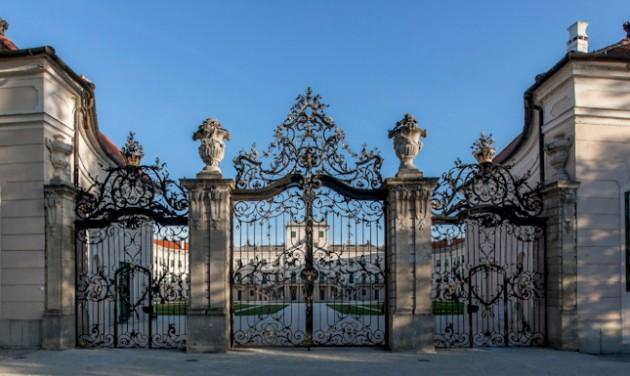 Látogatási szünet a fertődi Esterházy-kastélyban