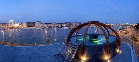 Kétmilliárd forint nyereség a budapesti fürdőkben