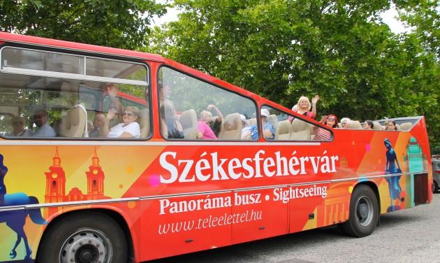 Hűsítő kultúra Székesfehérvár Panoráma buszán