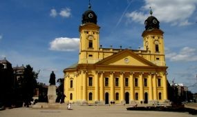 Ingyenes városnézés Debrecenben a Turizmus Világnapján