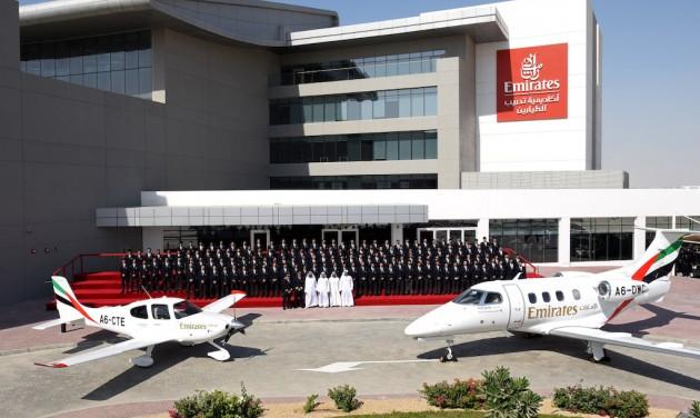 Pilótaképző-központot avattak Dubajban