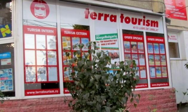 Felemás megoldás kintrekedt romániai turisták hazahozatalára