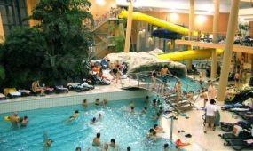 Újra megnyitották az Aquasziget Esztergom Élményfürdőt