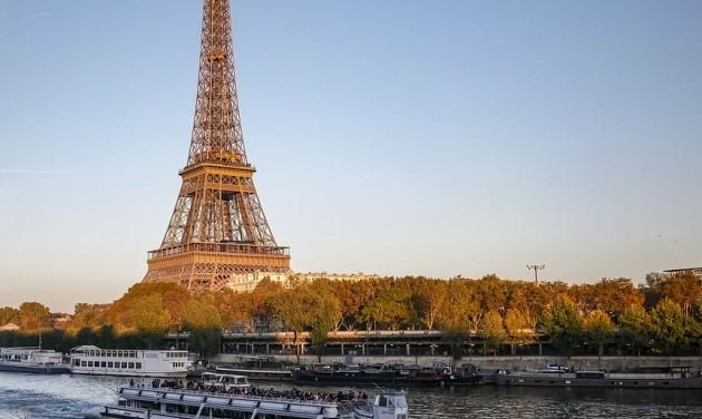 Turistabarát intézkedés Párizsban