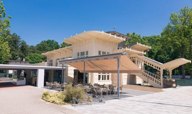 Balatonföldvár kikötőjében megnyílt a Balaton Klub