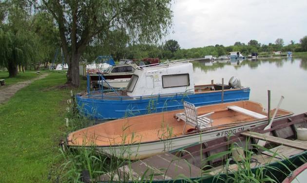 Megújul az Álompart és a csónakkikötő Dinnyésháton