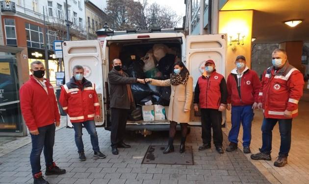 HotelHero: 9 tonna ruha gyűlt össze a rászorulóknak