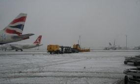 Négyszáz járatát törölte a Turkish Airlines a havazás miatt