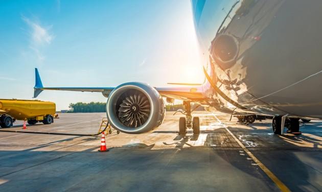 HungaroControl: durván csökken a légiforgalom a vírus miatt