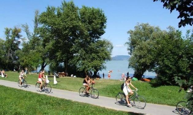 Térképen a Balaton környéki legjobb kerékpártúrák