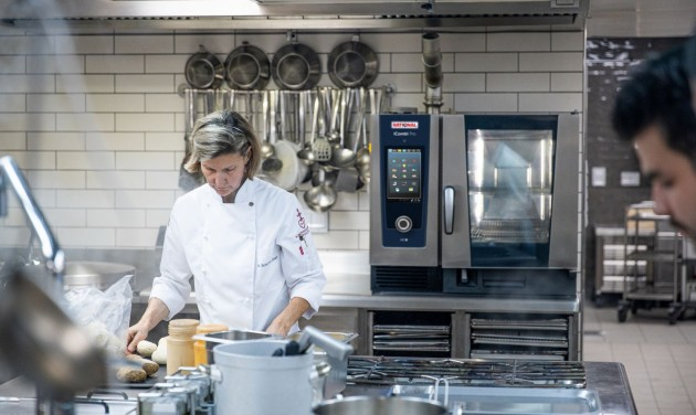 Intelligens főzőrendszerek a kereskedelmi konyhákban