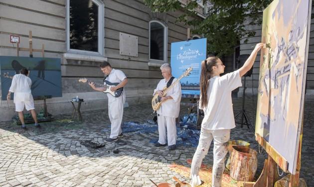 Tizenegy gyönyörű ponton zenél Budapest